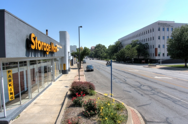 StorageMart - Broadway & 34th3401 Broadway St - Kansas City, MO - Photo 3