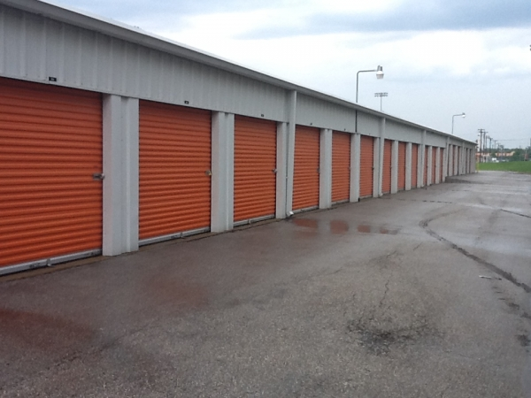A Storage Inn - Kingshighway4677 Lansdowne Ave - St Louis, MO - Photo 1