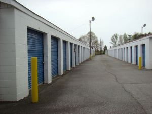AAA Self Storage - High Point - High Point Rd
