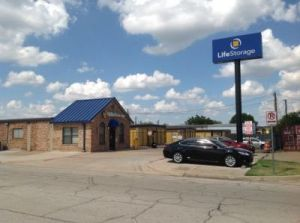 Photo of Life Storage - Arlington - Blue Danube Street