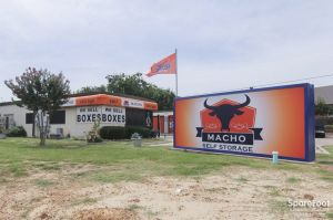 Photo of Macho Self Storage - Colleyville
