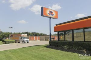 Photo of Macho Self Storage - Dallas