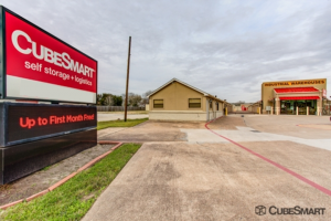 Photo of CubeSmart Self Storage - Pearland - 1919 E Broadway St