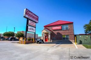Photo of CubeSmart Self Storage - Lewisville - 501 State Highway 121 Bypass