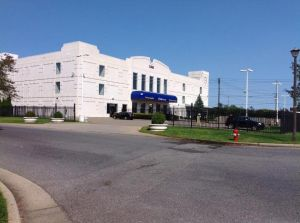 Photo of Life Storage - Farmingdale - Executive Boulevard