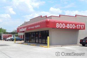 Cheap Self Storage Units Near 77246 Houston TX - SelfStorage.com®