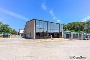 Photo of CubeSmart Self Storage - Tyler - 6212 Hollytree Drive