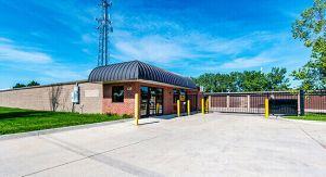 Photo of StorageMart - 13th & Railroad Ave