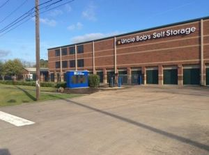Photo of Uncle Bob's Self Storage - League City - West Main Street