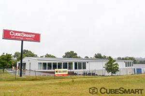 Photo of CubeSmart Self Storage - Chattanooga - 1346 Hickory Valley Rd