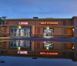 Photo of iStorage Auburndale on Magnolia