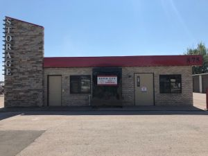 Rapid City Self Storage - East Chicago St