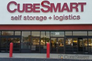 Photo of CubeSmart Self Storage - Joliet - 305 South Larkin Avenue & Top 20 Joliet IL Cheap Self-Storage Units w/ Prices u0026 Reviews