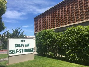 Photo Of Grape Avenue Self Storage