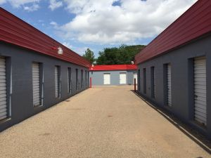 Photo of Monterey Self Storage & Top 20 Self-Storage Units in Lubbock TX w/ Prices u0026 Reviews