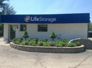 Photo of Life Storage - Lee & Top 20 Self-Storage Units in Durham NH w/ Prices u0026 Reviews