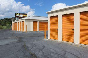 Store Here Self Storage Macon Mercer University Drive
