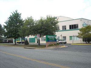 Photo of Extra Space Storage - Falls Church - Seminary Rd