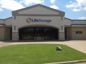 Photo of Life Storage - Arlington - South Bowen Road