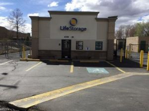 Photo of Life Storage - Boulder - 6338 Arapahoe Avenue