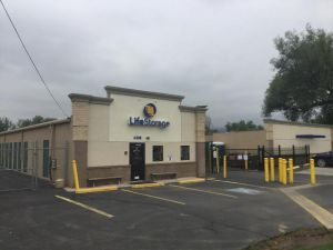 Photo of Life Storage - Boulder - 6338 Arapahoe Avenue