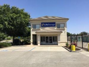 Photo of Life Storage - Sacramento - 8960 Calvine Road