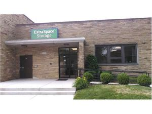 Photo of Extra Space Storage - Evanston - Greenwood St