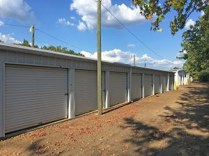 Photo of Friendly City Mini-Warehouses - North & Top 20 Self-Storage Units in Aberdeen MS w/ Prices u0026 Reviews