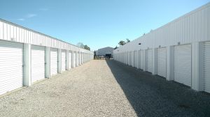 Photo of Red Dot Storage - Eastside Park Road