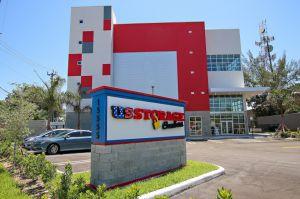 Photo Of US Storage Centers   North Miami Beach   15555 West Dixie Highway