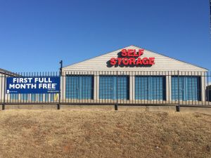 Photo of Simply Self Storage - MacArthur - Lake Hefner