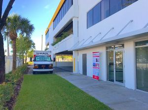 Photo of Megacenter Hallandale