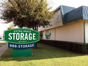 Photo of Extra Space Storage - Dallas - Lemmon Ave