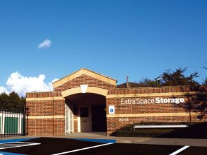 Photo of Extra Space Storage - Sugar Land - Old Mill Rd