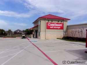 CubeSmart Self Storage - Grand Prairie
