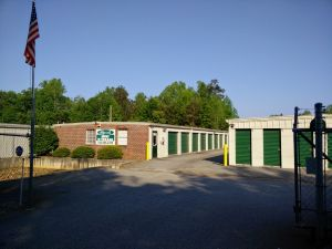 Photo Of Byrds Mini Storage   Dawsonville