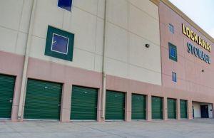 Lockaway Storage - Encino
