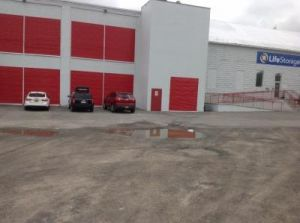 Top 20 self storage units in rochester ny w prices reviews photo of life storage rochester railroad street solutioingenieria Image collections