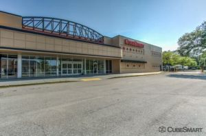 Photo of CubeSmart Self Storage - Jacksonville - 8552 Baymeadows Rd