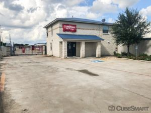 Photo of CubeSmart Self Storage - Houston - 7705 McHard Rd