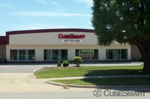 Photo of CubeSmart Self Storage - Glenview - 1775 Chestnut Ave