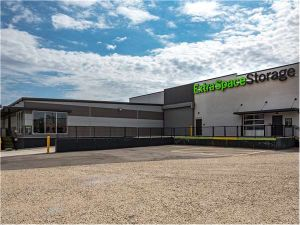 Photo of Extra Space Storage - St Louis - Vandeventer Ave