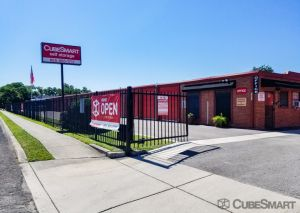 Photo of CubeSmart Self Storage - San Antonio - 1571 W Contour Dr
