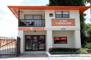 Public Storage - Orlando - 6770 Silver Star Rd