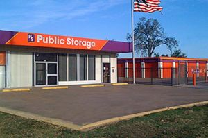 Photo of Public Storage - Arlington - 100 N Collins #101