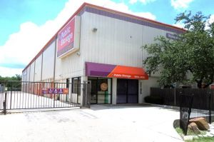 Photo of Public Storage - Dallas - 2105 Winsted Drive