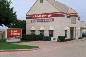 Photo of Public Storage - Arlington - 2531 South Cooper Street