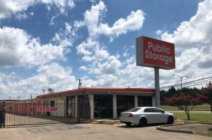 Photo of Public Storage - Dallas - 4401 S Westmoreland Road