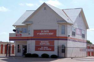 Public Storage - Dallas - 2840 S Westmoreland Road