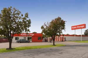 Photo of Public Storage - Irving - 1520 W Irving Blvd